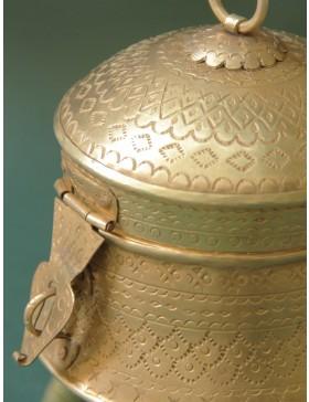 Dadi Ka Dabba (Small) (16x14.5x4.5cm)